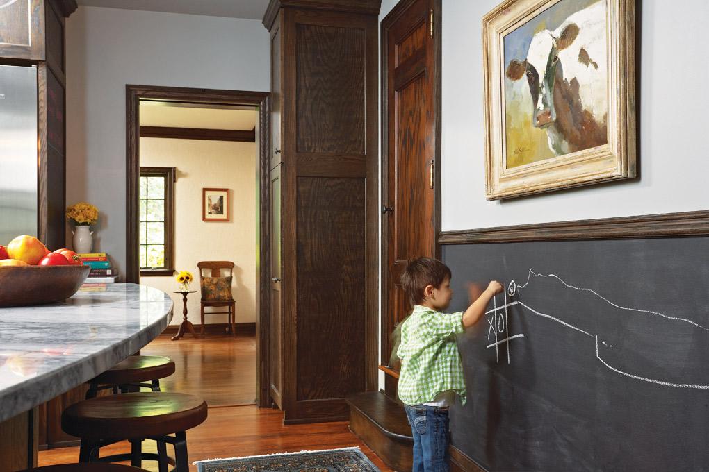 Fiddlehead-Design-Group_Kitchen-Chalkboard-Wall.