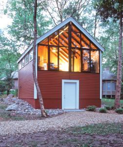 Barn-Style-Cabin-Exterior