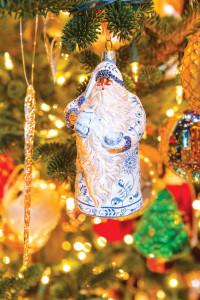 Santa Ornament Patricia Breen