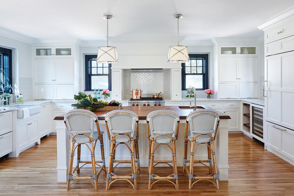 Marth O'Hara Interiors ASID white Kitchen with stools