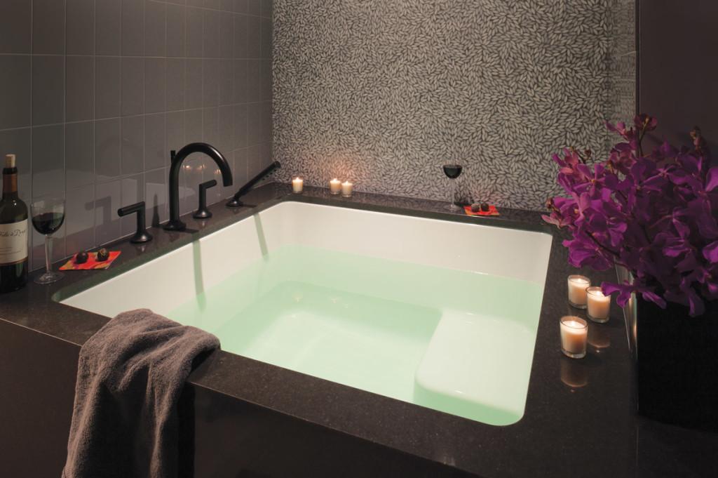 LiLu Interiors Bathroom spa tub