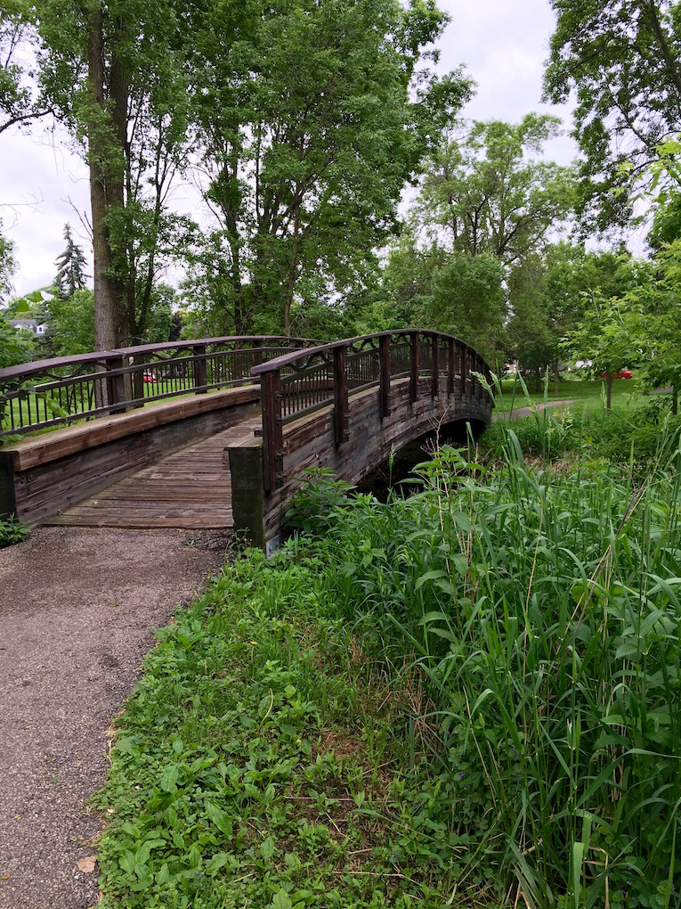 minnehaha creek lynnhurst