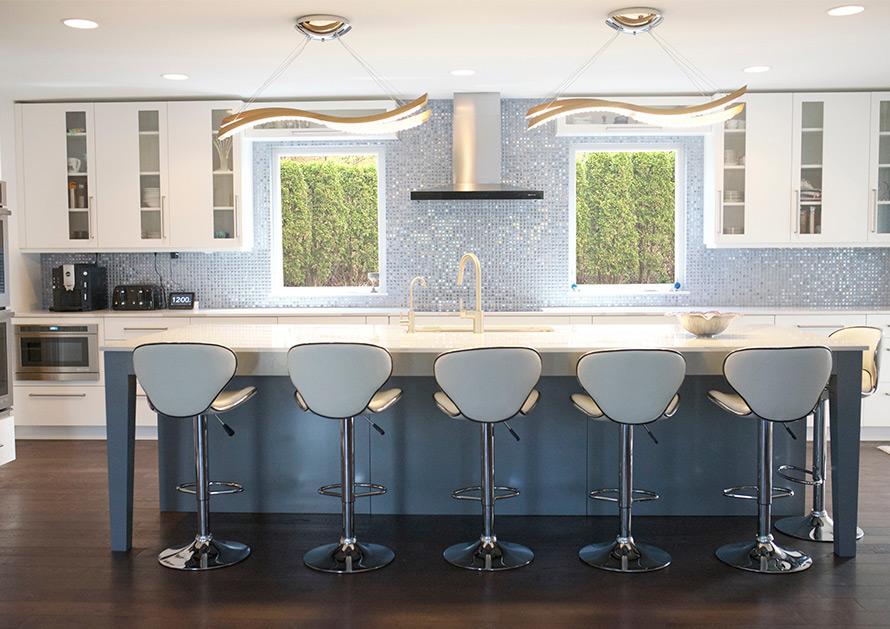 Green Grossfield Giving Home at 2701 Glenhurst Ave. Large tiled kitchen