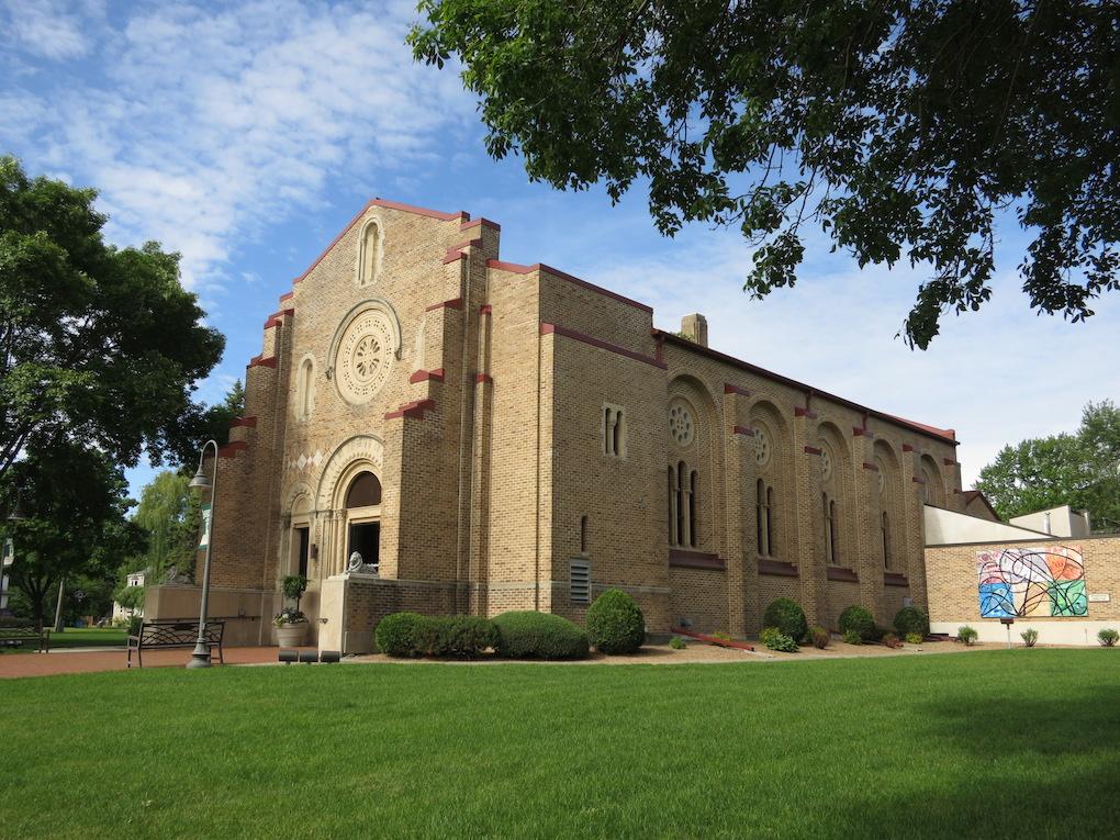 Lakeville Arts Center