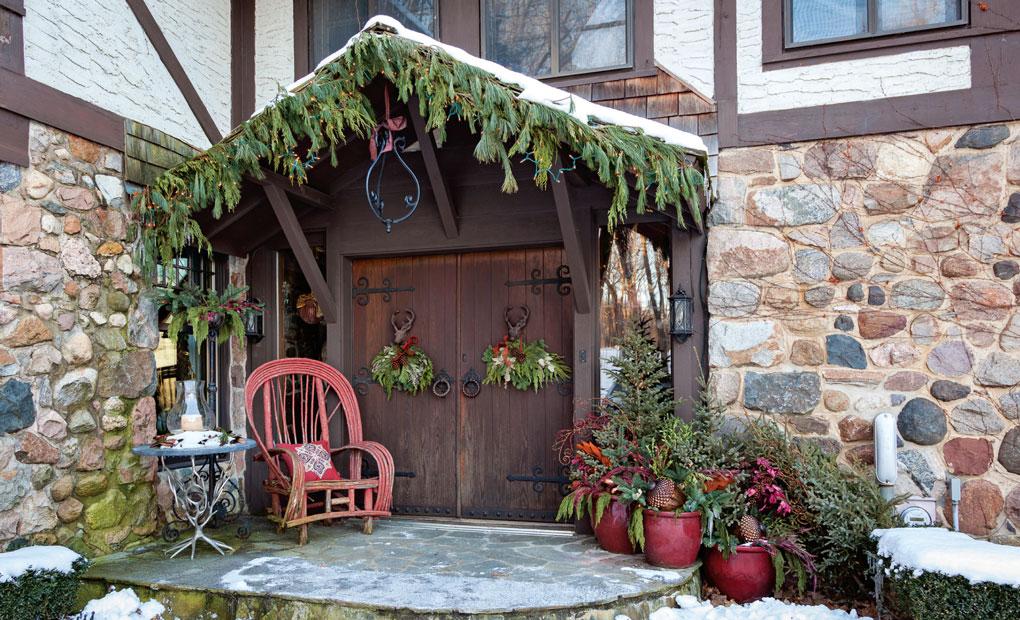 holiday decor exterior decoration