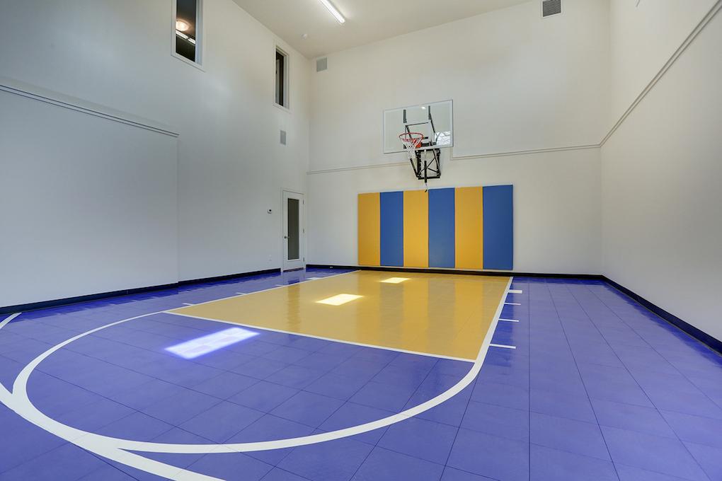 Indoor sport court