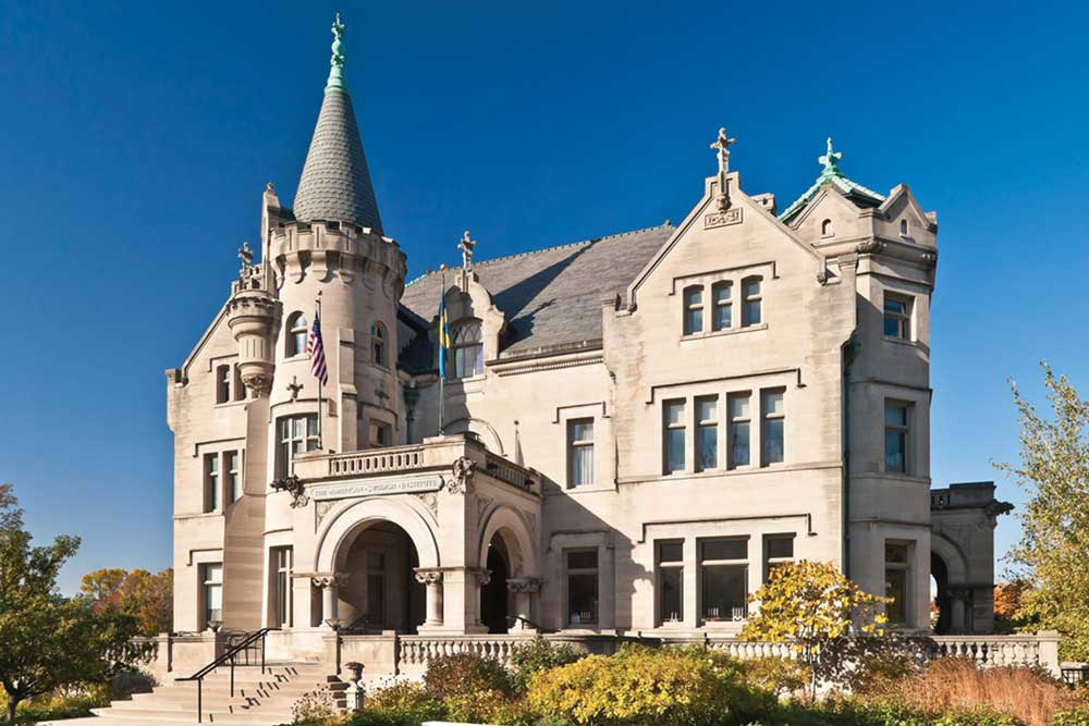 The front facade of the American Swedish Institute that looks like a castle.