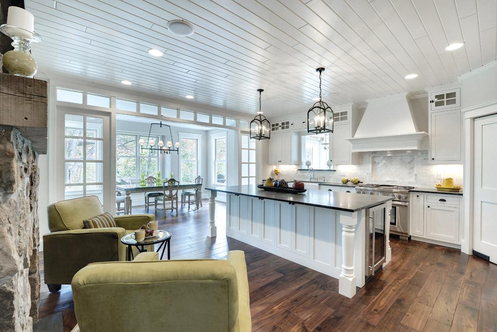 Luxury-Home-Tour_Divine-Custom-Homes_Kitchen
