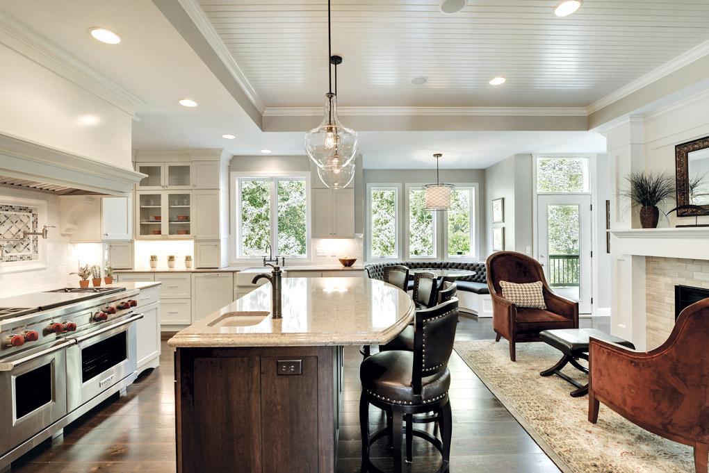 Luxury-Home-Tour_Hartman-Homes_Kitchen