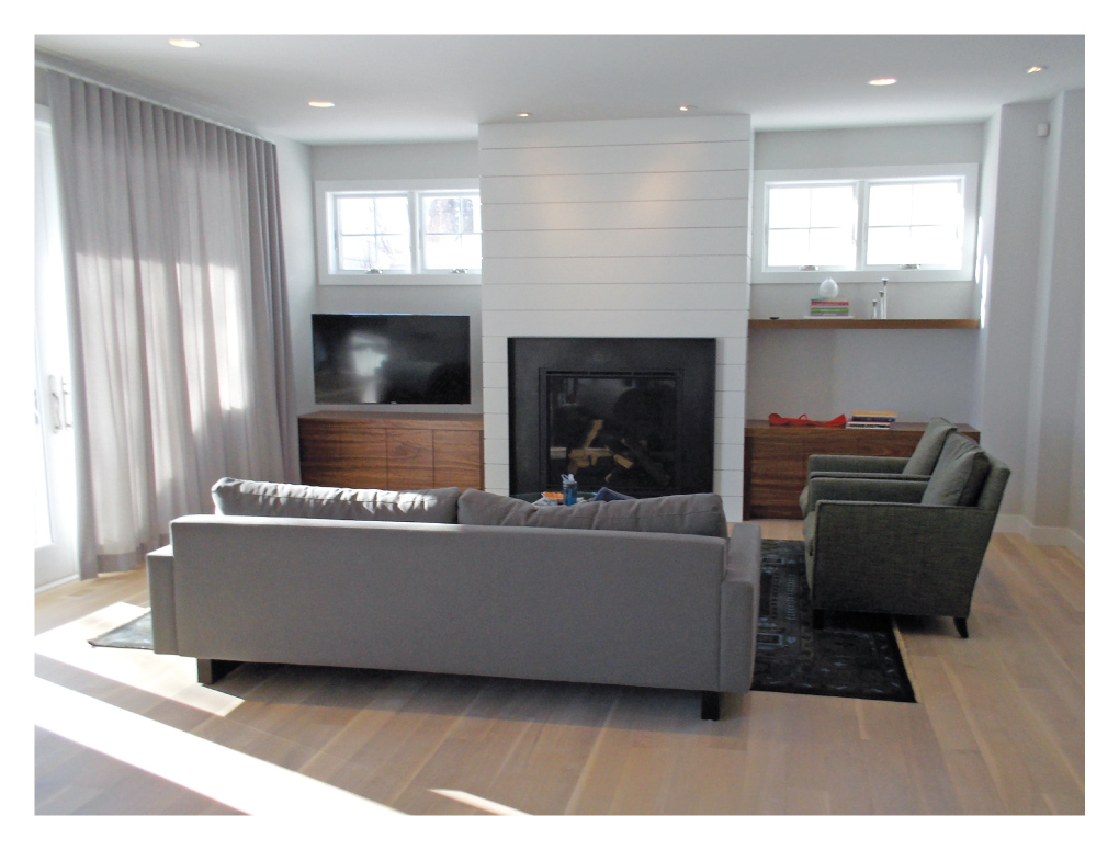 Elevation-Homes_Living-Room_Before
