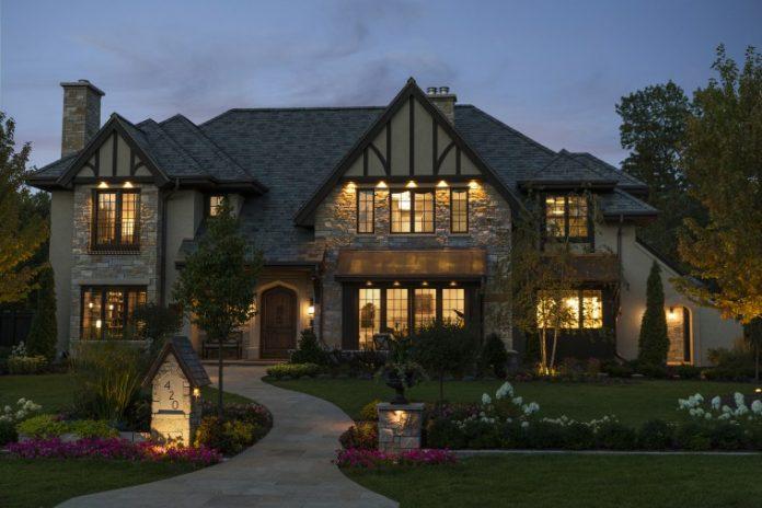 Photo of a home built by Erotas Custom Building