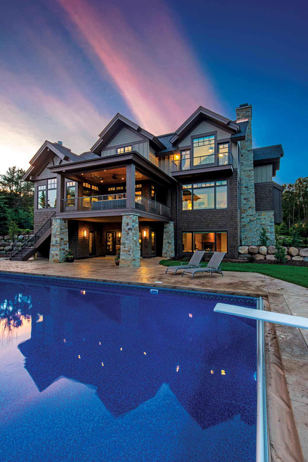 Elegant Mountain Contemporary Home In Colorado Radiates With Warmth: Modern Mountain Lodge By Denali Custom Homes
