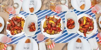 Crawfish-Feast_Outdoor-Summer-Entertaining-Tabletop