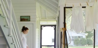 Finds_Trend_Breezy-Porch_Interior