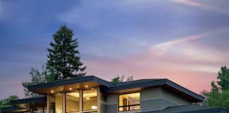 Luxury-Home-Tour_Denali_Windows_Lake-View