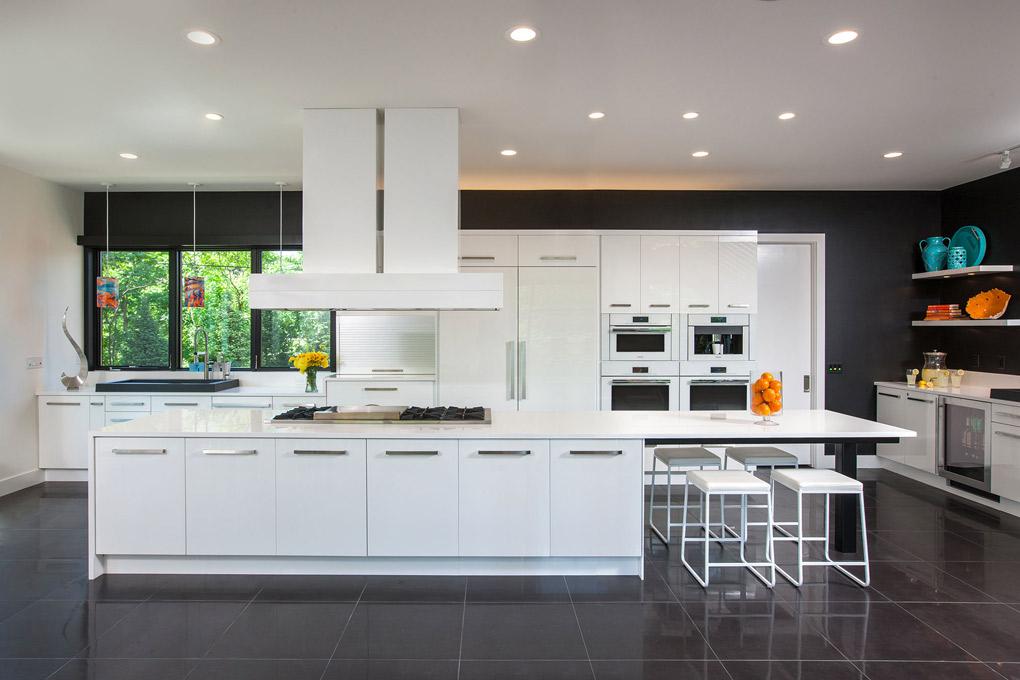 Crystal-Kitchen-Center_modern