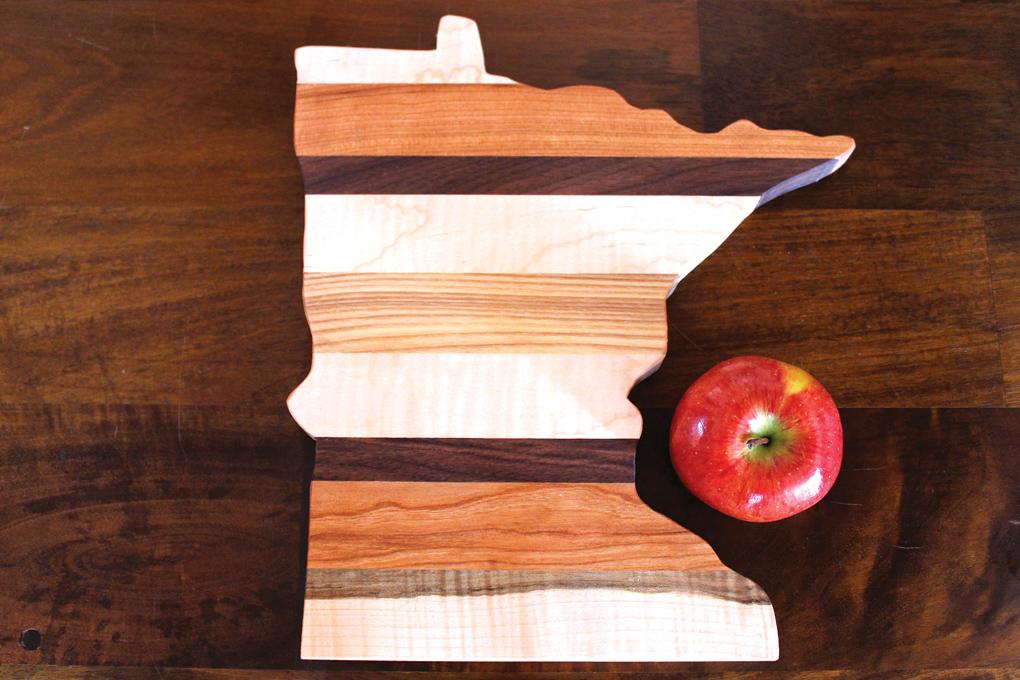 Big River Woodoworks, Minnesota cutting board