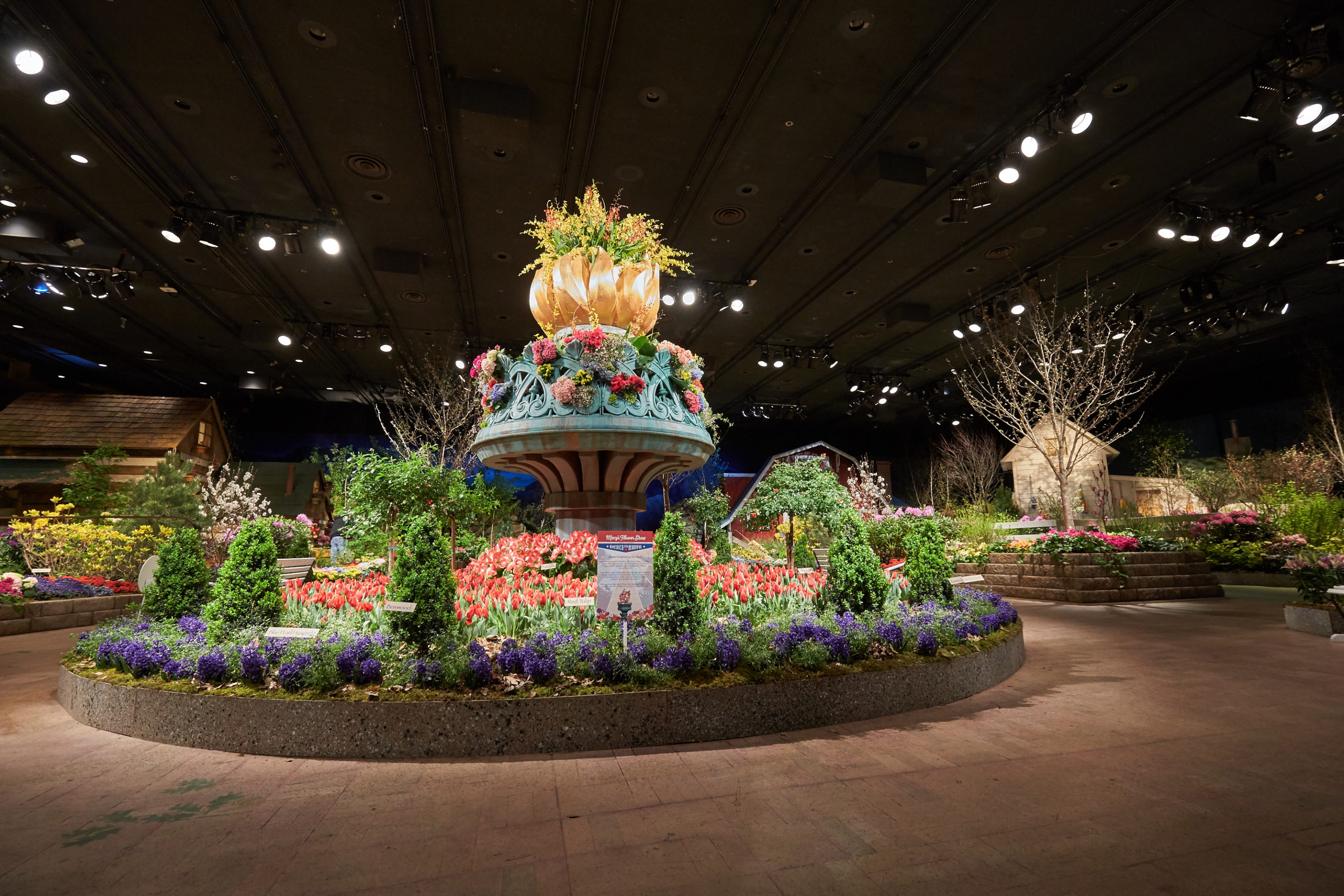 Macys Flower Show 2020.Macy S Flower Show Blooms With All American Splendor