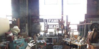 Olde Depot Junktion, antique sale