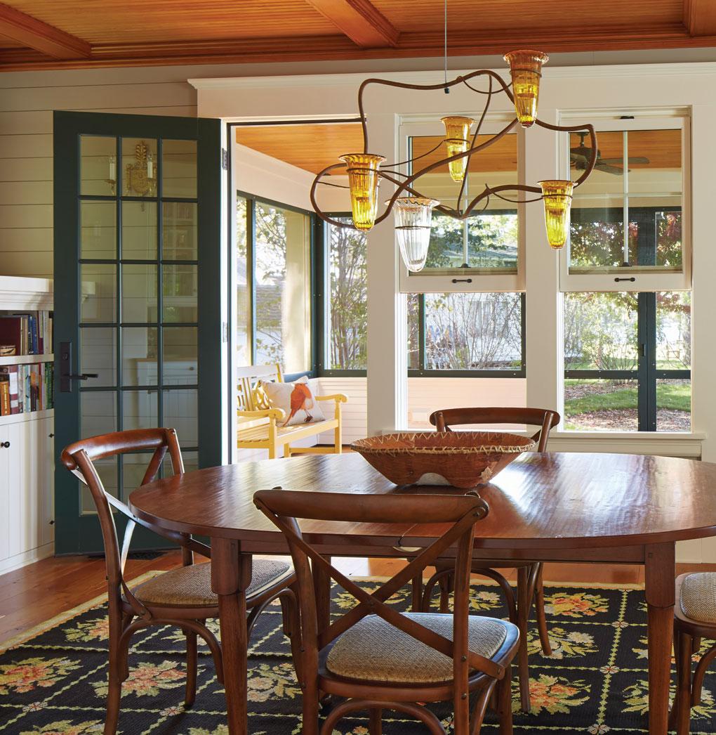 Crane Island Cabin Dining Room