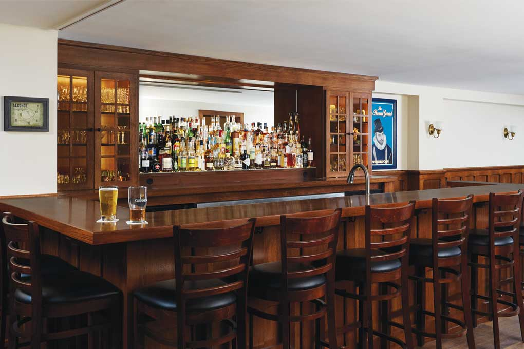 A pub bar built by Christopher Strom Architects.