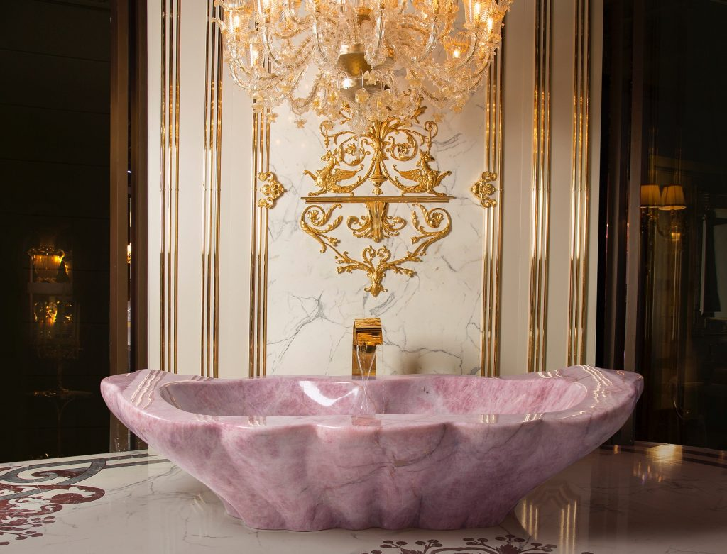 Rose quartz crystal bathtub made in Italy